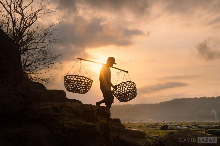 4-David-Lazar-Bali-Seaweed-Farming-8__880