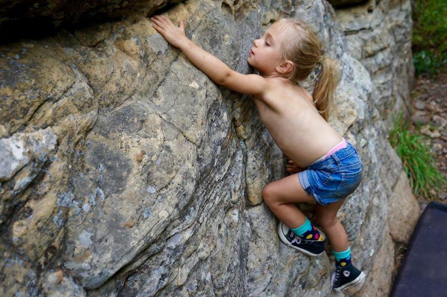 three-moms-take-their-kids-on-epic-wilderness-adventures-14__880