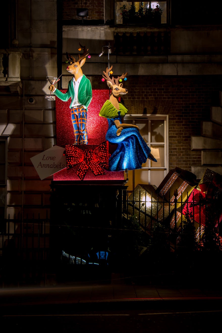 2015-christmas-decorations-in-london-are-simply-stunning-8__880
