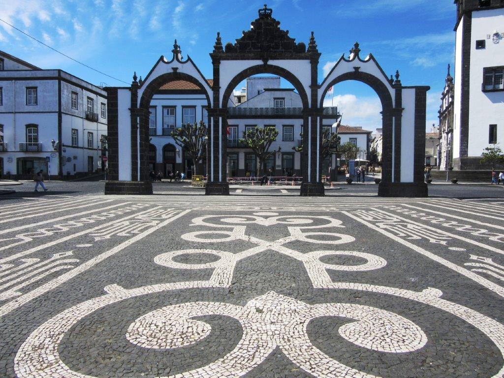 Ponta Delgada je glavi grad Azora