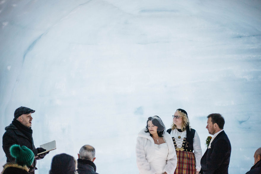we-organized-the-first-wedding-inside-a-glacier-in-iceland-26__880