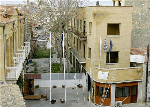 Nikozija od danas ima dvije vremenske zone