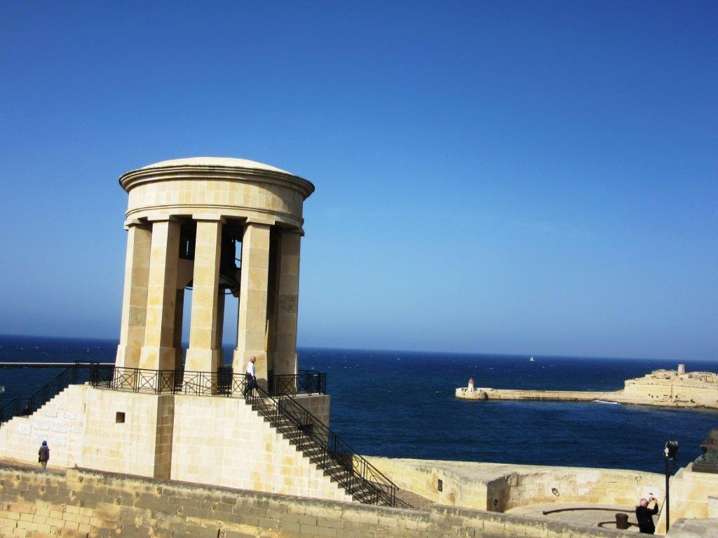 Spomenik na Malti