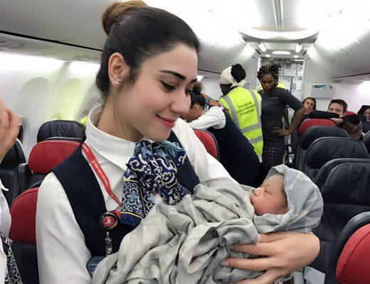 beba rođena u zraku