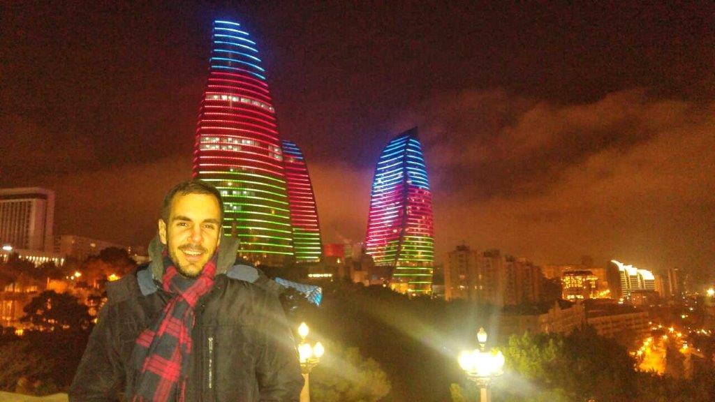Baku noći