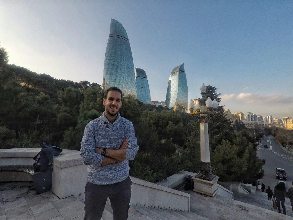 Plameni tornjevi Baku