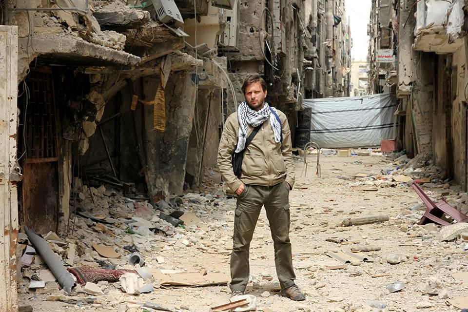 U kampu Yarmouk, 6 kilometara južno od centa Damaska
