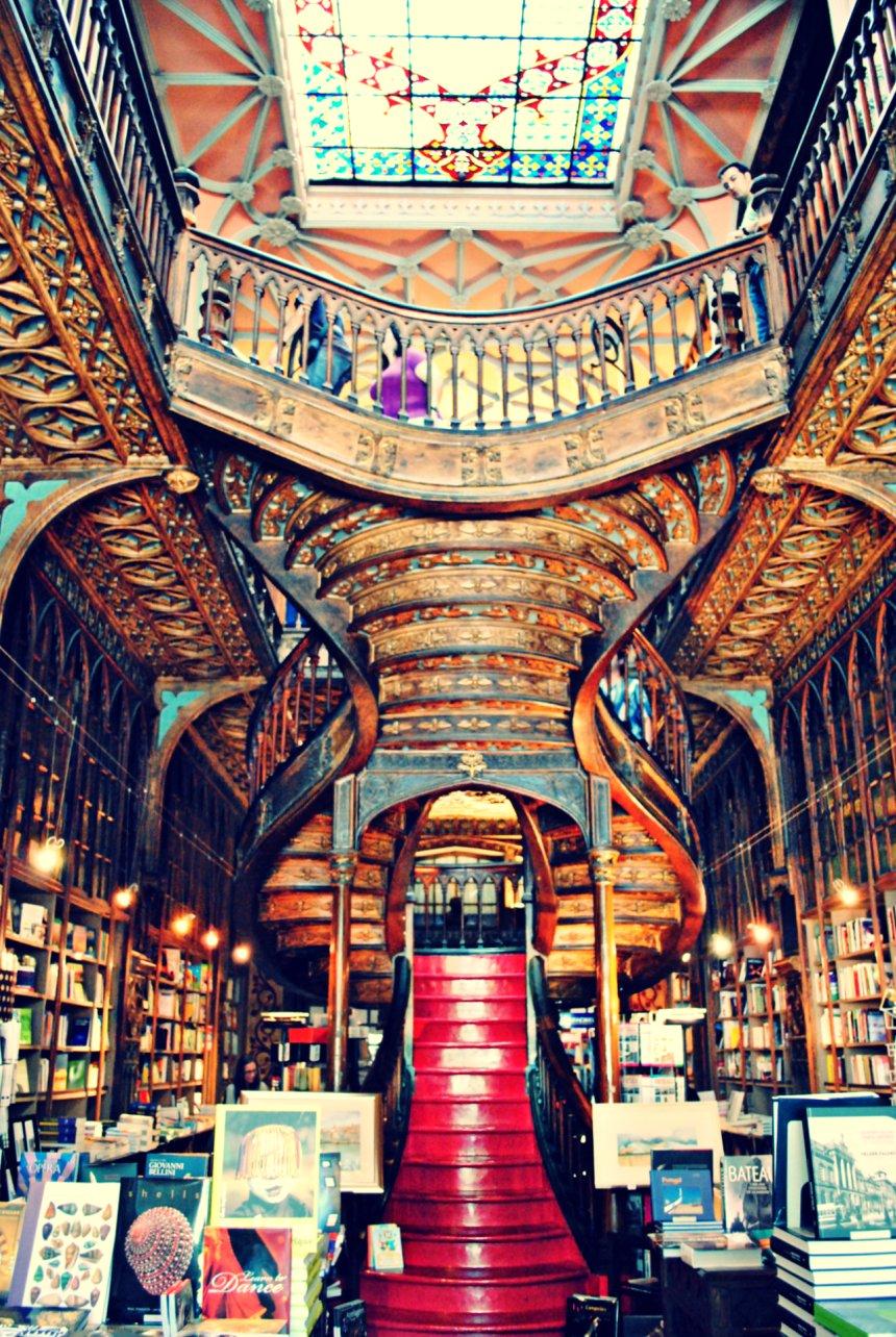 Livraria_Lello_Bookshop_Porto_(6189686806)