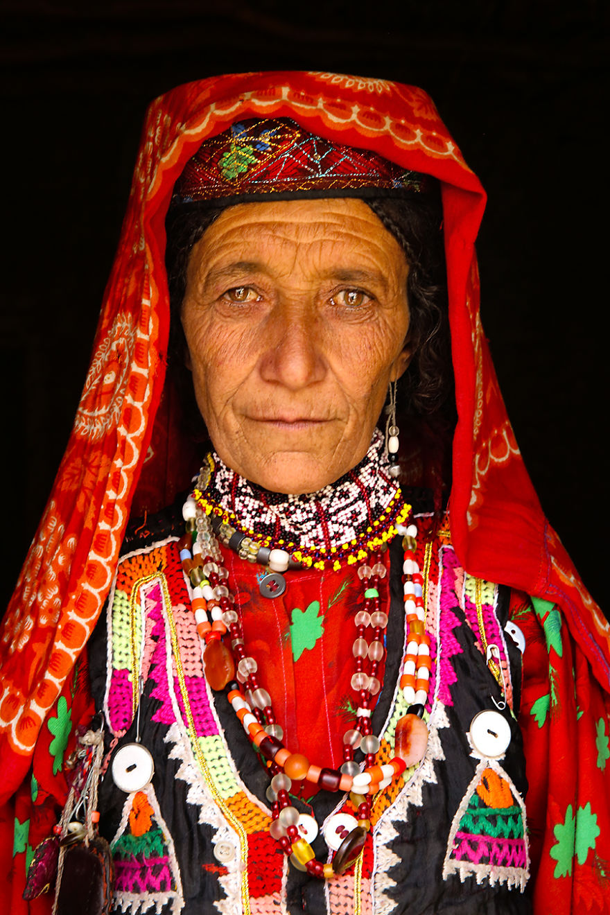 The-World-In-Faces-project-Diversity-of-the-world-through-the-portraits-of-its-people-572799b1061d5__880