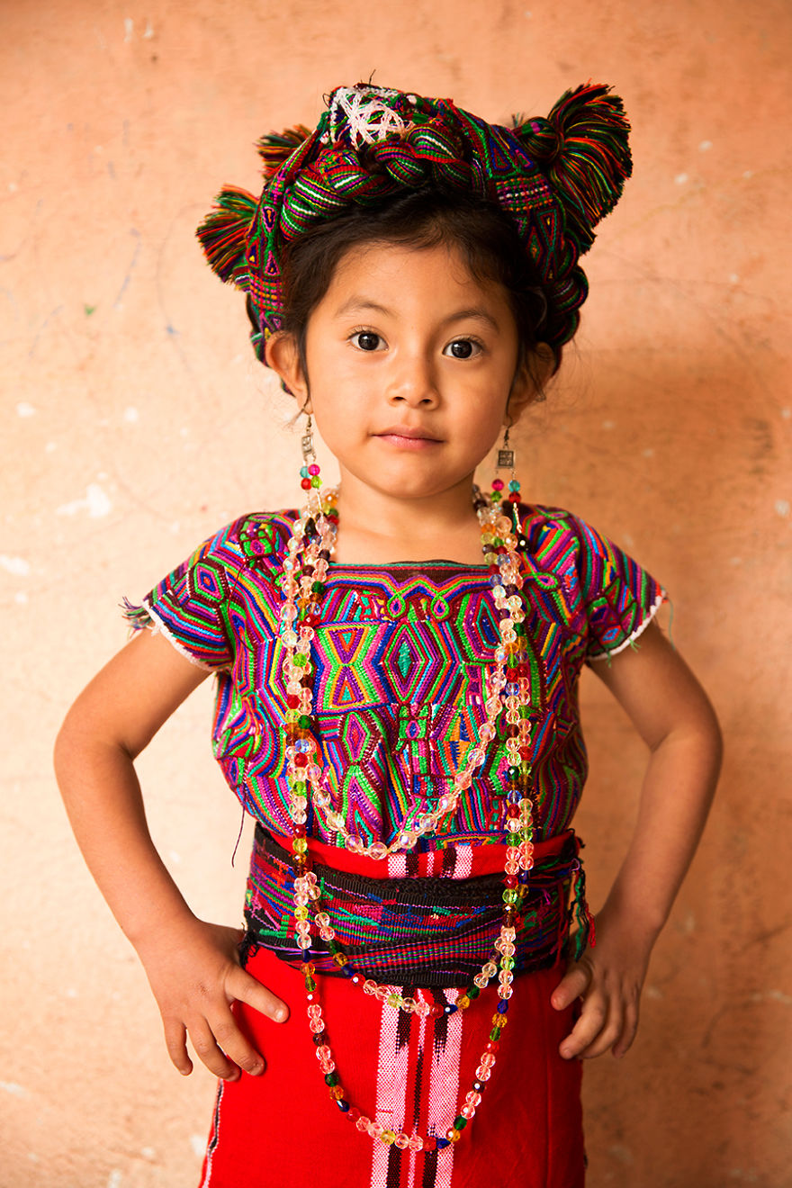 The-World-In-Faces-project-Diversity-of-the-world-through-the-portraits-of-its-people-572799ef3e794__880