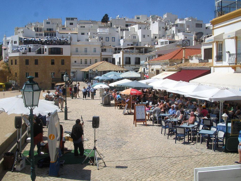 albufeira-town-algarve-portugal