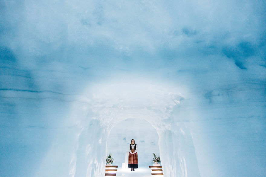 we-organized-the-first-wedding-inside-a-glacier-in-iceland-23__880