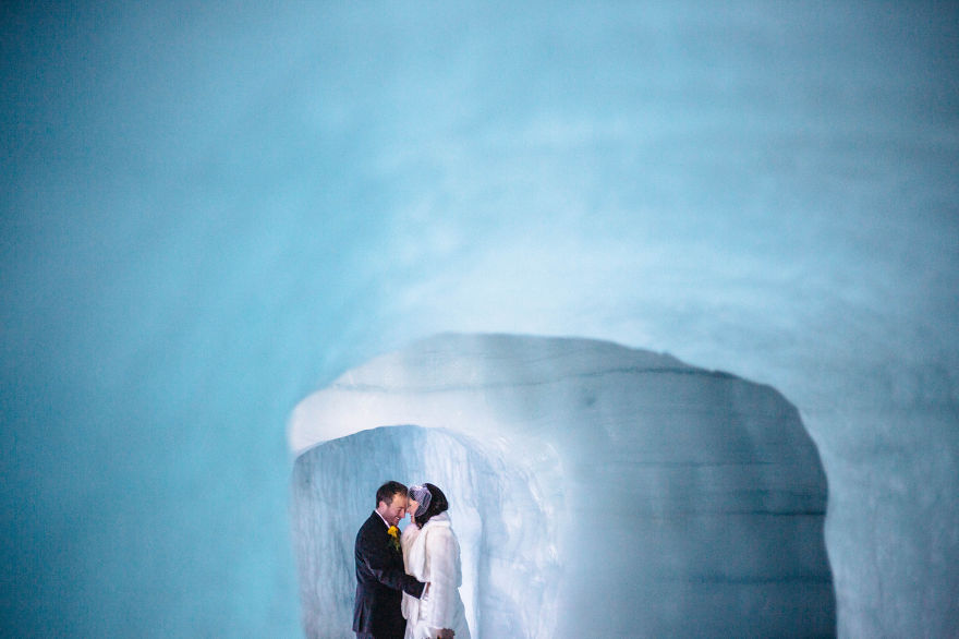 we-organized-the-first-wedding-inside-a-glacier-in-iceland-32__880