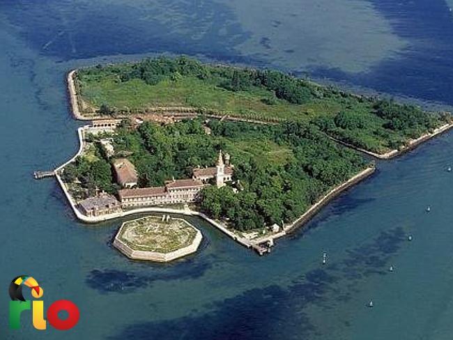 ukleto ostrvo poveglia u Italiji