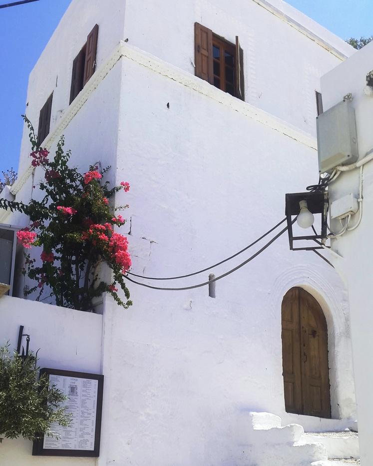 Bijela Grčka kuća