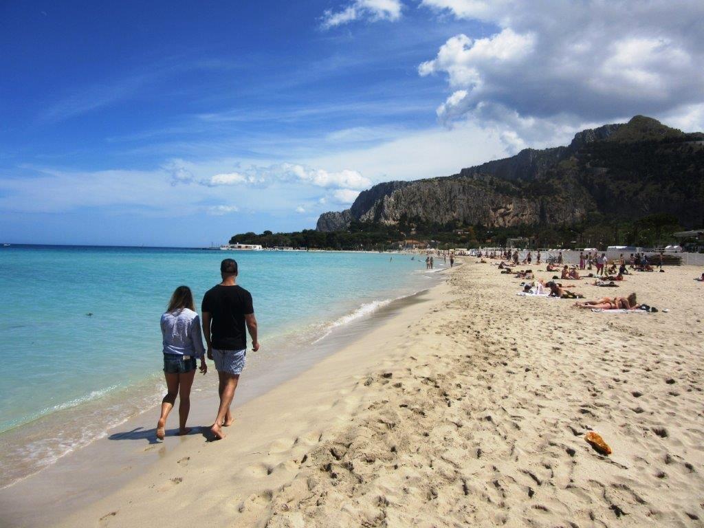 Mondello plaža na Siciliji