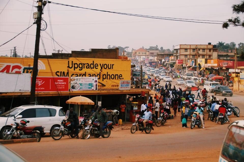 Preskoči na odjeljak Kultura - Uganda sa svojim šarolikim stanovništvom različitog porijekla nema jedinstvenu kulturu, ali se može govoriti o četiri tipa.