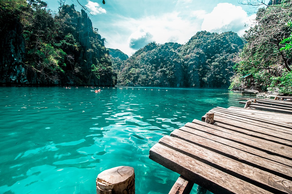 Filipini more