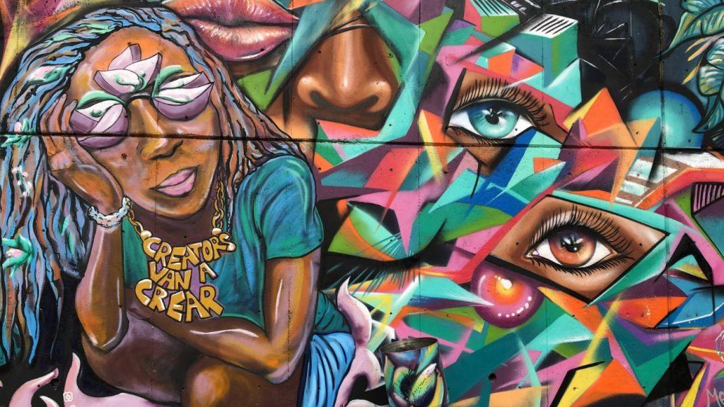 grafit u Komuni