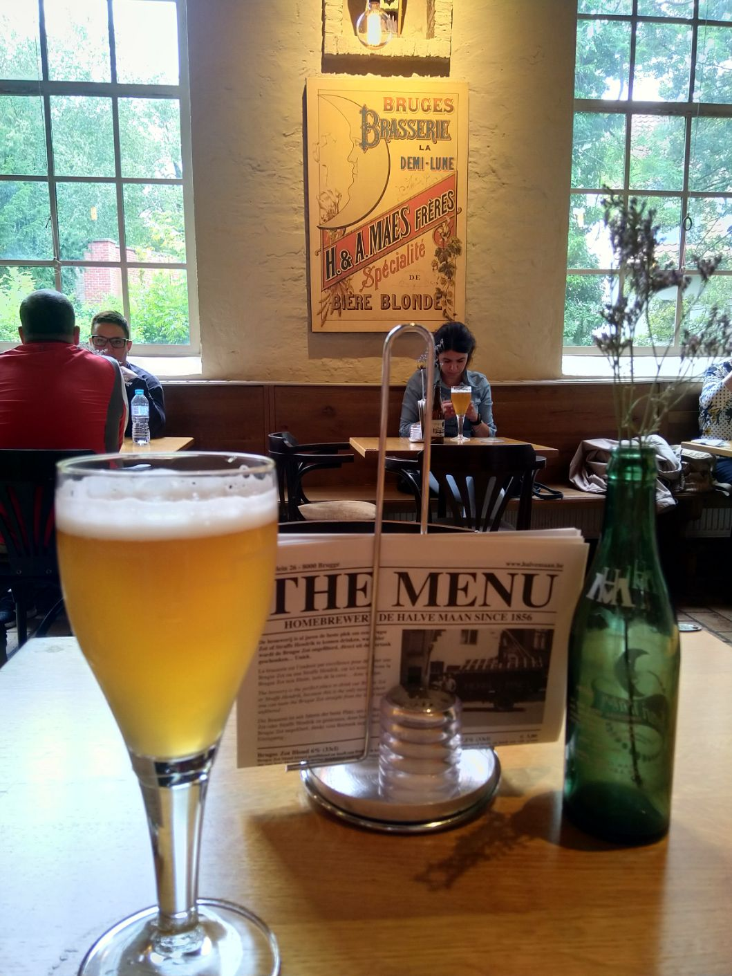 U restoranu De Halve Maan pivare