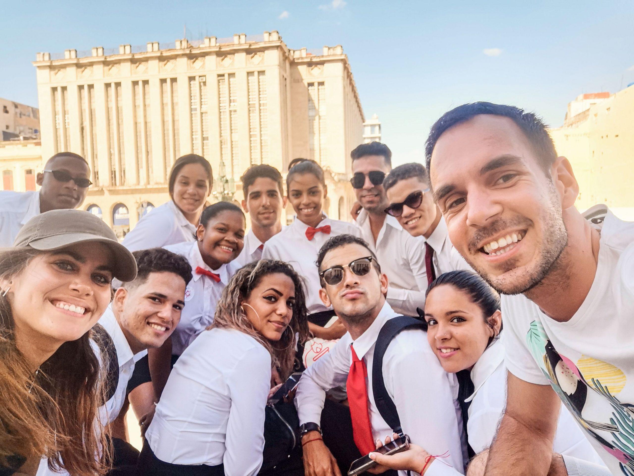 Lokalci na Kubi