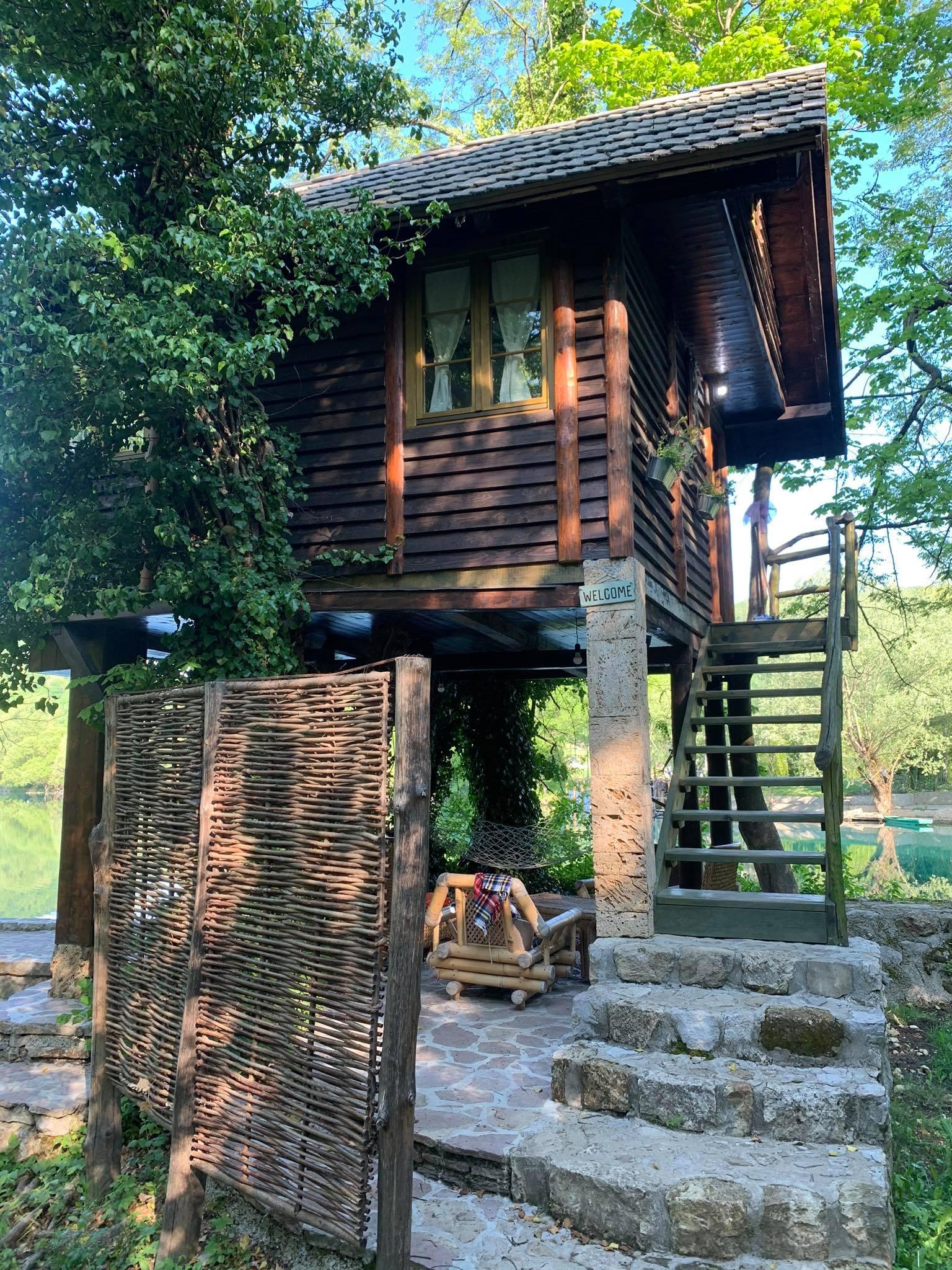 kućica na drvetu Japodski otoci