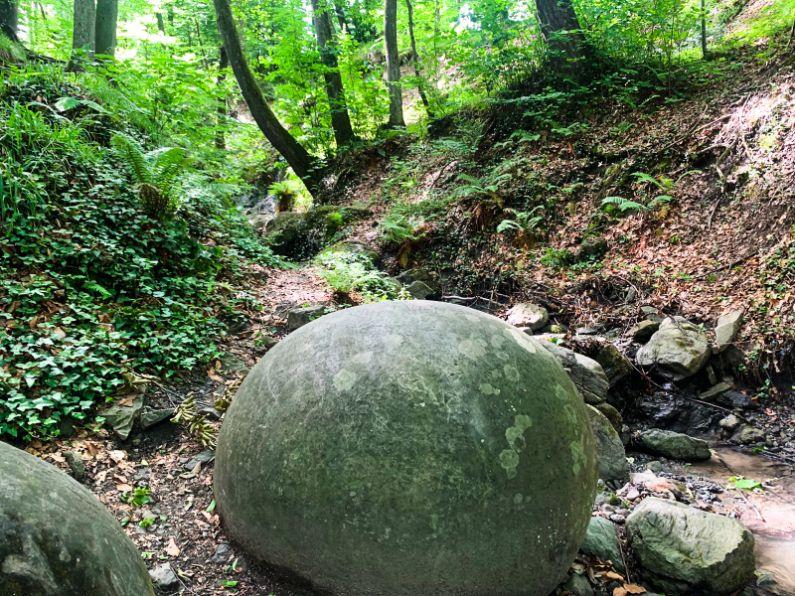 Kamene kugle BiH