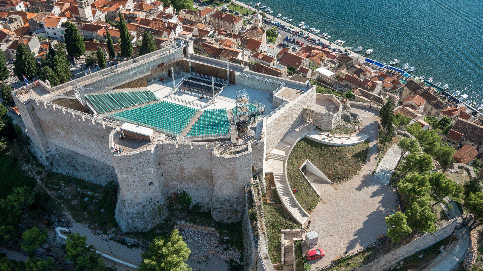 tvrđava sv Mihovila