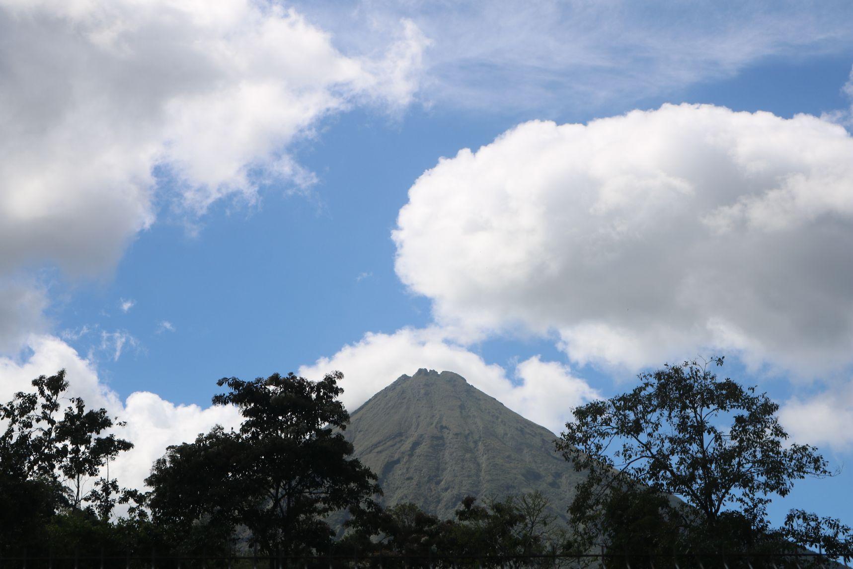 Aktivni vulkan Kostarika