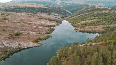 Klinje jezero kod Gacka