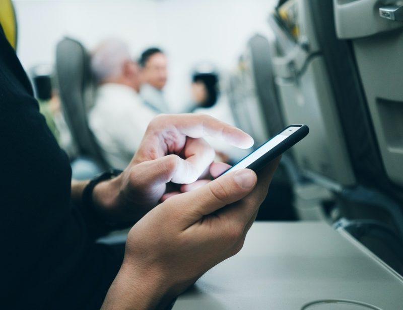 Telefon na letu